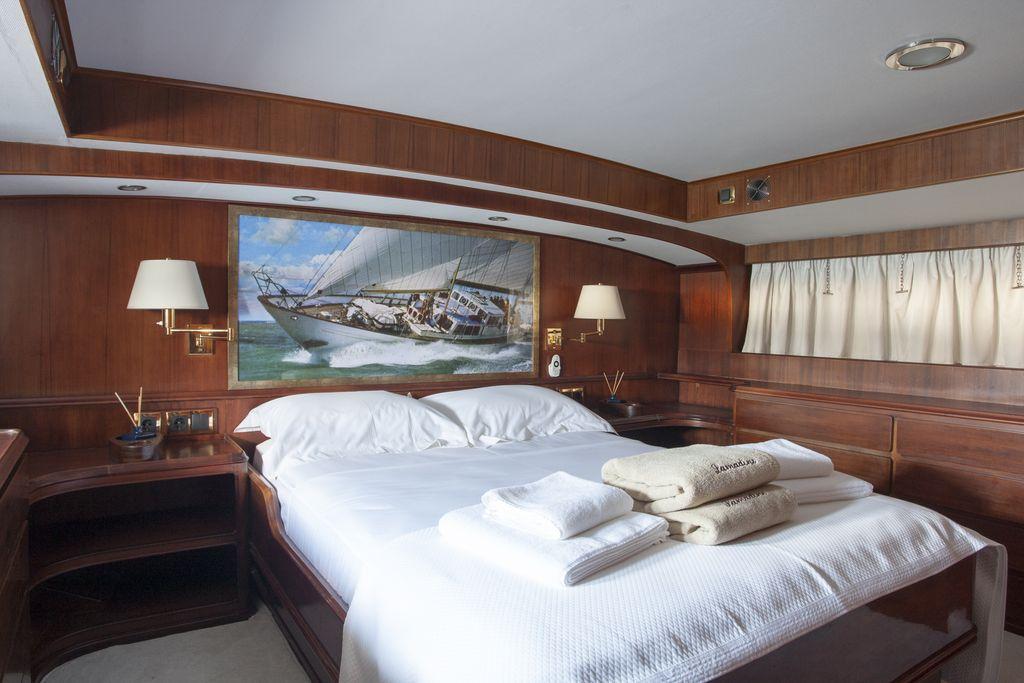Lamadine master bedroom 2
